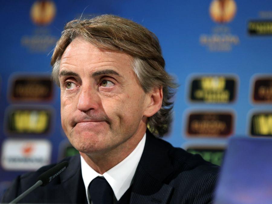 COVID-19: Mancini avrà un'Italia a (piccoli)pezzi